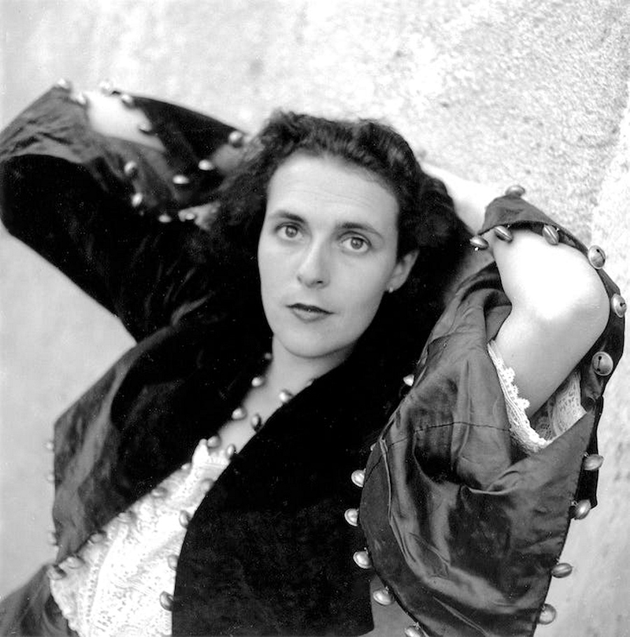Leonora-Carrington-by-Lee-Miller