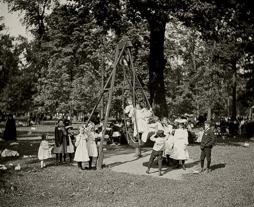Playground 1900-1910